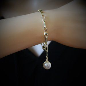 Gold Paperclip Adjustable Pearl Chain Bracelet